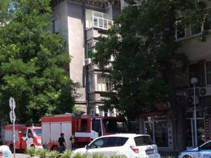 Пожар избухна в апартамент в центъра на Пловдив