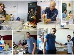 Завидна активност на кметските избори в Истанбул - резултатите след 21 часа