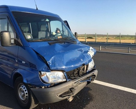Тежка катастрофа с българи в Румъния! Един е загинал, 4-ма са ранени