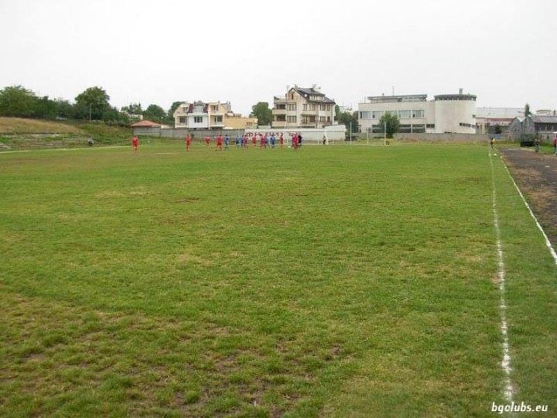 Спорт и в крайните квартали! Столична община възражда зарязани игрища и зали