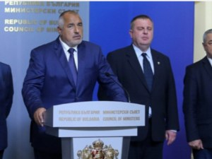 Борисов упорит: 1 лев субсидия за партиите, не пипаме ДДС!
