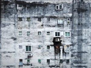 Климатичен апартейд: Богатите плащат за хлад, бедните – страдат от пек
