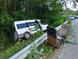 Общинар карал буса с деца, който катастрофира до Ловеч