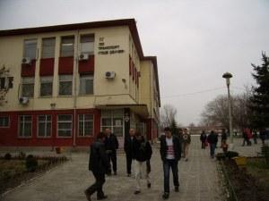 Ученици: Оставят ни на изпити заради отсъствия! Повечето дори бяха по уважителна причина!