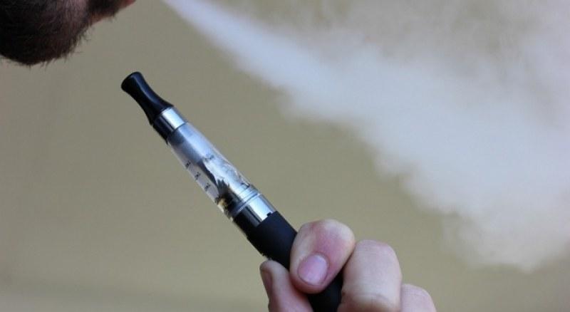 Забраняват напълно електронните цигари в Сан Франциско