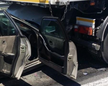 20-годишна шофьорка загина при тежка катастрофа с камион