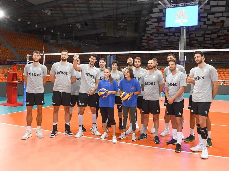 Националите по волейбол ще раздават автографи в пловдивски мол