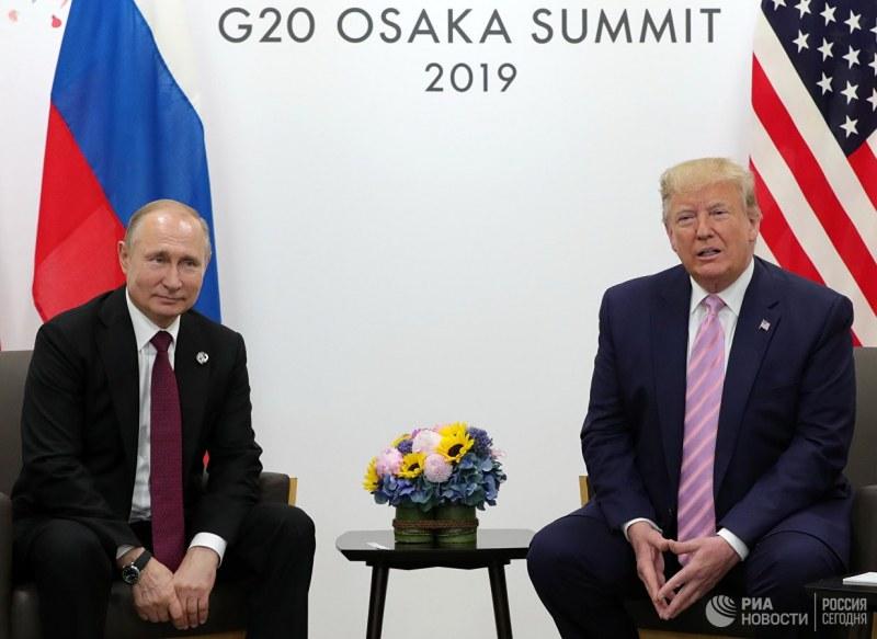 Тръмп се майтапи, моли Путин да не се меси в US изборите