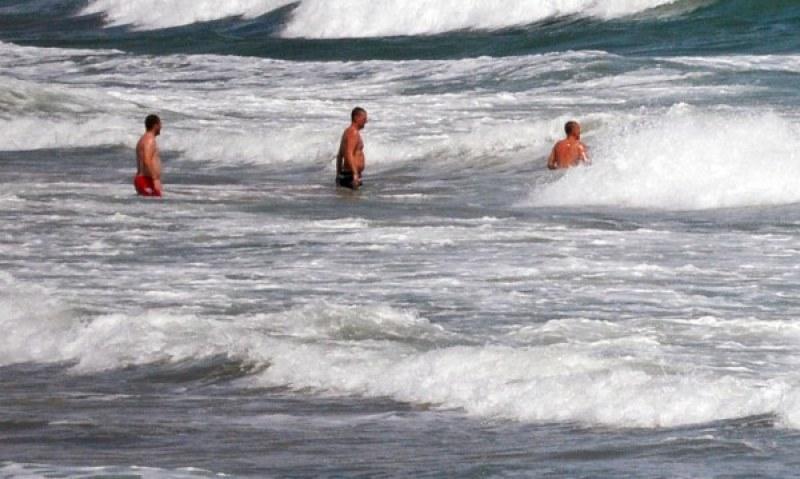 Морето погълна пловдивчанин в Ахтопол, софиянец пък се удави в Поморие