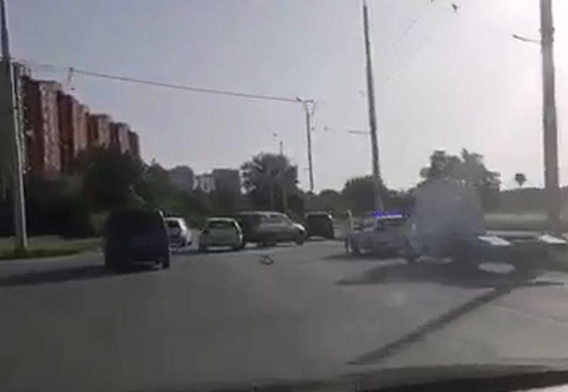 Три коли се нанизаха на пловдивски булевард