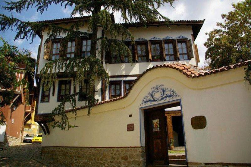 Заради Тони Бракстън глобиха ресторант в Пловдив