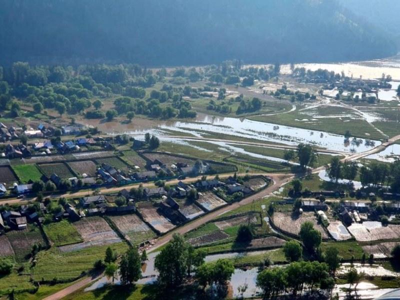 Набъбва броят на жертвите от потопа в Сибир