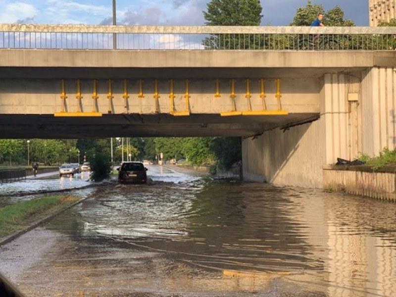 Борят наводненията по основен булевард в Пловдив с компенсаторна ВиК инсталация