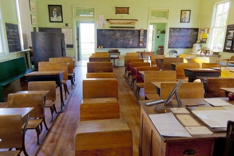 Недостиг на учители в Пловдив! Обявиха свободните работни места в Пловдив и региона