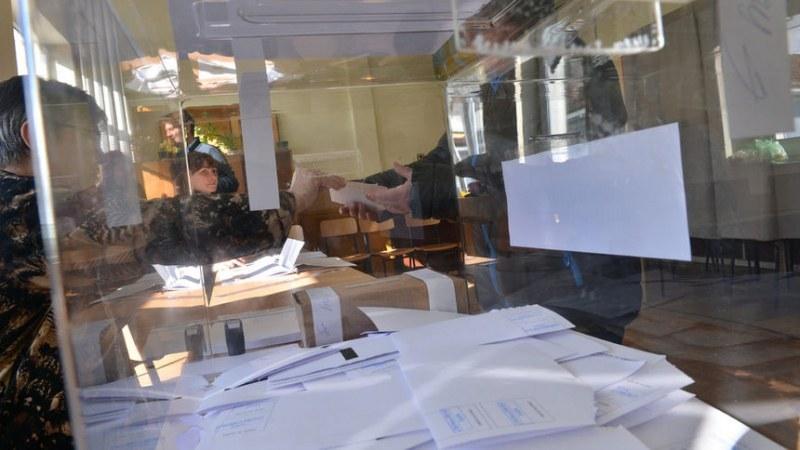 Пловдивска студентка осъди ЦИК,  почувствала се нагрубена и унизена при гласуване