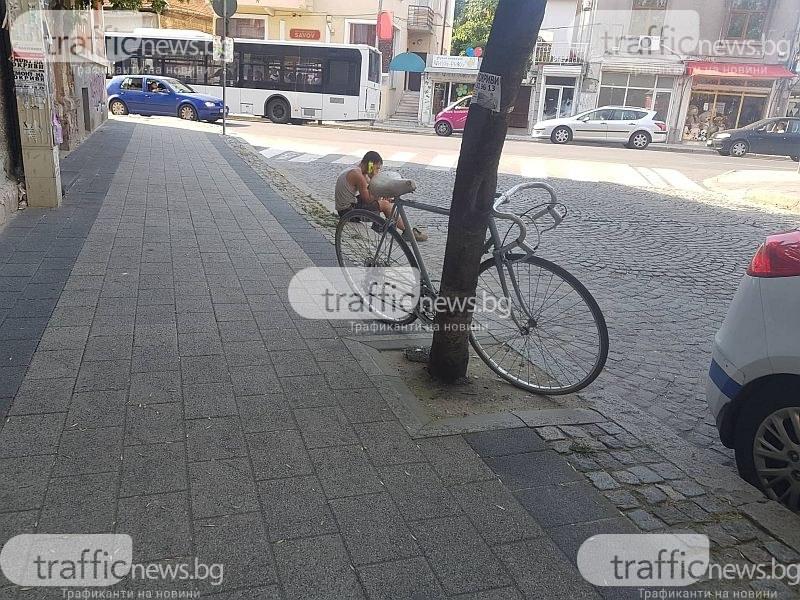 Блъснаха колоездач в центъра на Пловдив