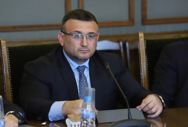 Маринов: Акцията в Труд е подарък за цялото общество