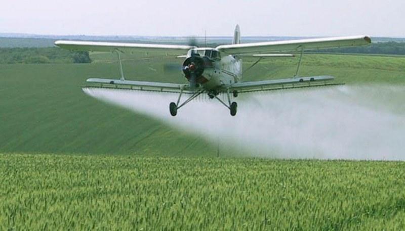 След като Борисов разпореди: Самолет ще пръска край Дунав срещу комари
