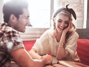 8 неща, които ще научите за някого само от една-единствена целувка