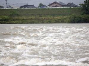 Евакуират над 1 млн. души заради наводненията в Япония