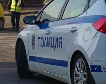 Автомобил блъсна пешеходец и го уби