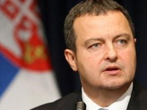 Захариева привиква сръбския посланик заради нападки към Борисов и България
