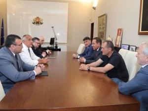 Премиерът Борисов каза какво са си говорили с футболните босове