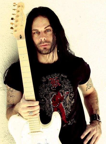 Виртуозният китарист Ричи Котцен идва за първи път в Пловдив