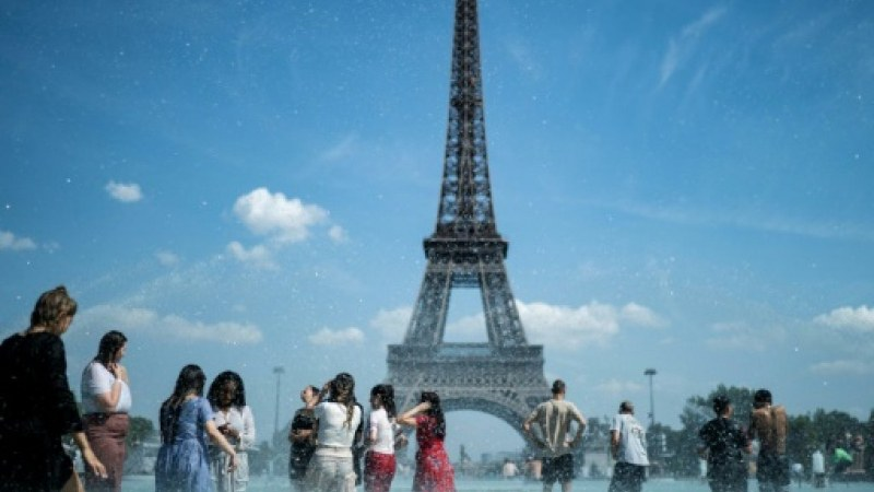 Париж обяви климатично извънредно положение