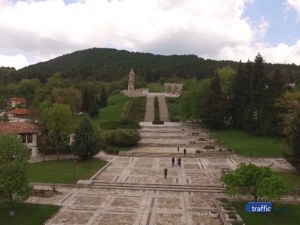 Откриха груби нарушения покрай ремонта на мемориала на Христо Ботев в Калофер