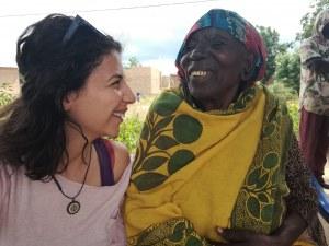 Различните млади! Как пътят Ел Камино отведе актрисата Моника Угренова  в Танзания