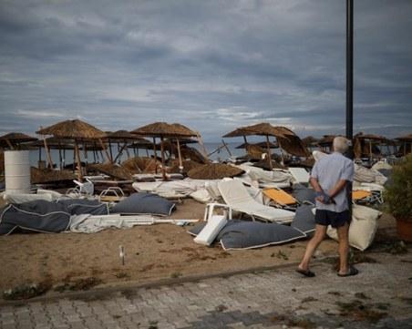 Извънредно положение на Халкидики, две от жертвите са деца, издирват рибар
