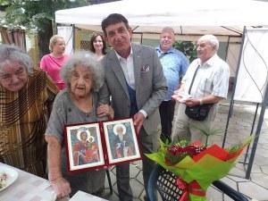 100-годишната баба Елена: Никога не мисля за миналото, само за бъдещето