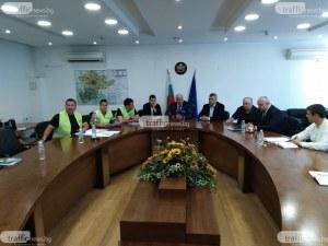 Адвокатът Демерджиев: Кметът топка топката с имота зад хотел