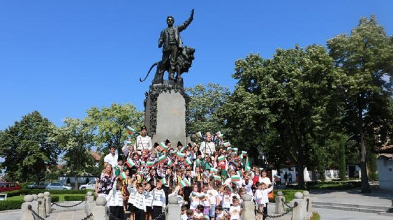 Започват тържествата за 182 години от рождението на Левски в Карлово