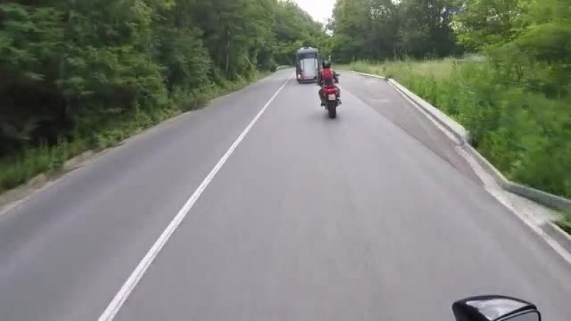 Затварят част от Подбалканския път през уикенда, пренасочват движението