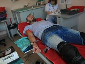 Акция! Мотористи дариха кръв в София