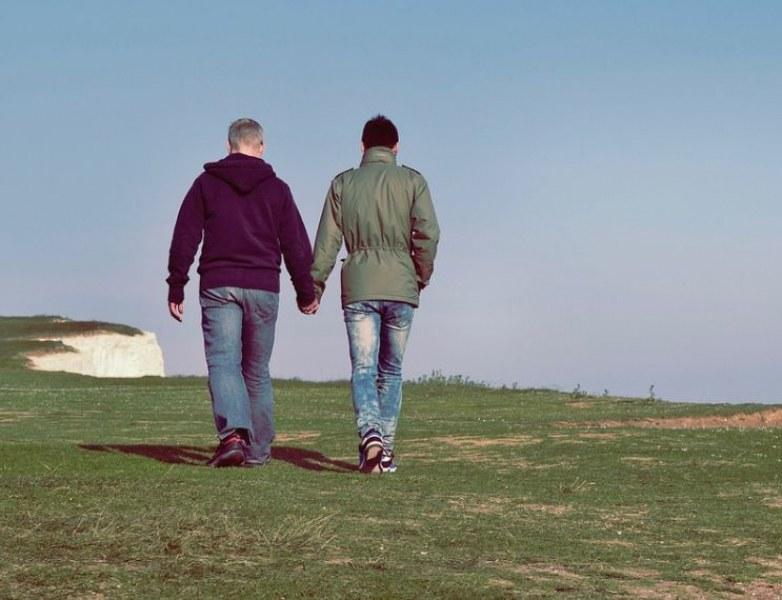 Израелски министър подкрепи идеята за терапия на хомосексуалистите