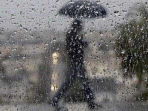 Порои заляха западна Гърция, очакват се градушки в северната част
