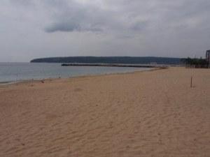 Радиацията на черноморски плаж - три пъти над нормата