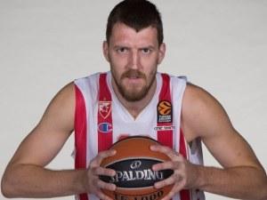 Сръбски национал, шампион в НБА, пострада тежко при катастрофа