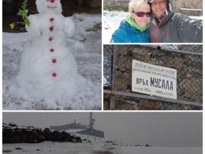 Студът нахлу! Силен сняг на Мусала, направиха снежен човек