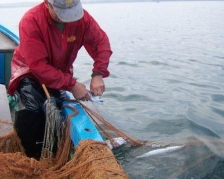 Рибари се канят да блокират с лодки пътя Балчик-Шабла
