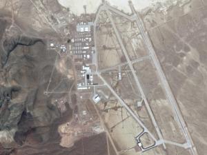 Половин милион души искат да щурмуват Зона 51 в САЩ! Искат среща с извънземни