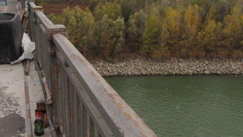 31-годишен софиянец се хвърли от моста над река Искър
