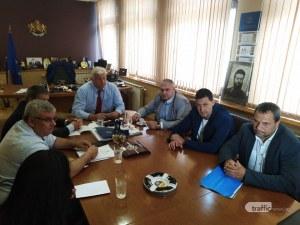 Община Пловдив клекна – дава повече пари на превозвачите, чака 100 % електронно таксуване