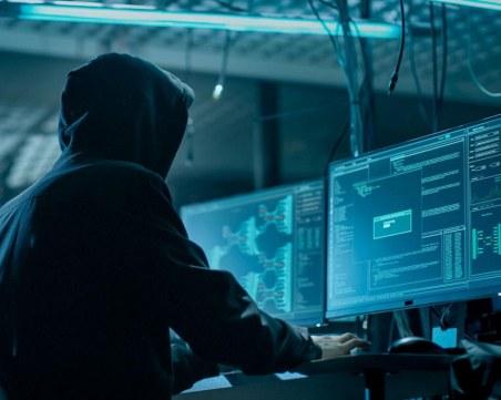 Бъчваров: Няма връзка между 20-годишния извършител на хакерската атака и автора на писмата