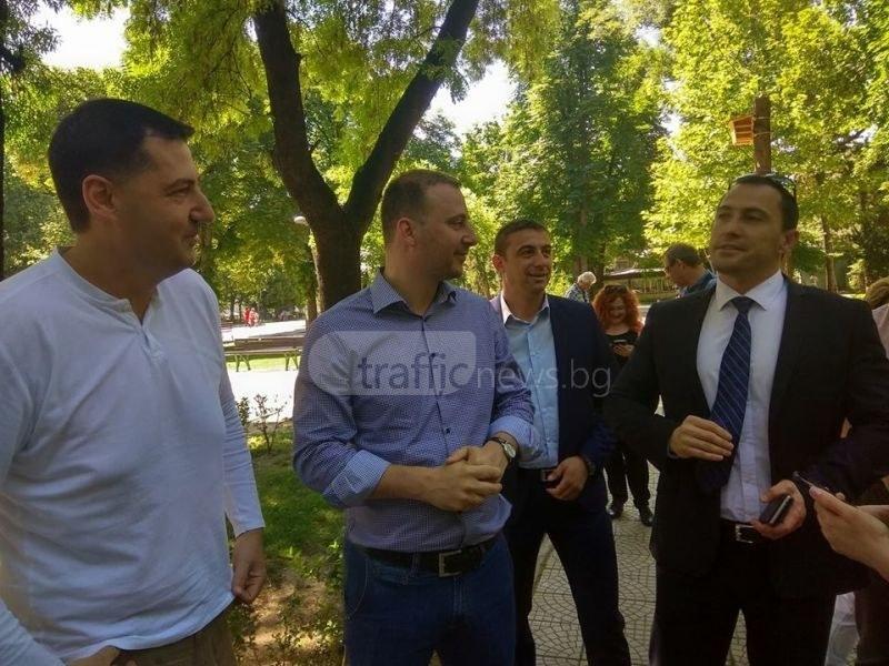 Богатството на властта в Пловдив: Иван Тотев с налични 89 хил. лева,  райкметове с коли за по 4000 лева