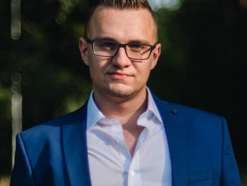 Хакерът Кристиян се издъни с елементарна грешка! Грози го до 8 години затвор