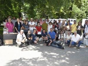 Пловдивчани се любуват на най-добрите фотографии от Фото Салон 2019